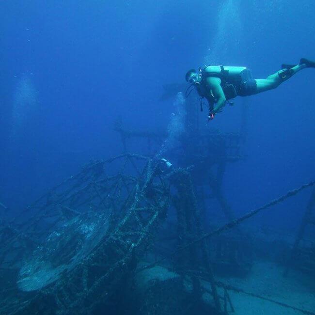 wreck dive vandenberg key west 650x650 - Lost Reef Adventures Home